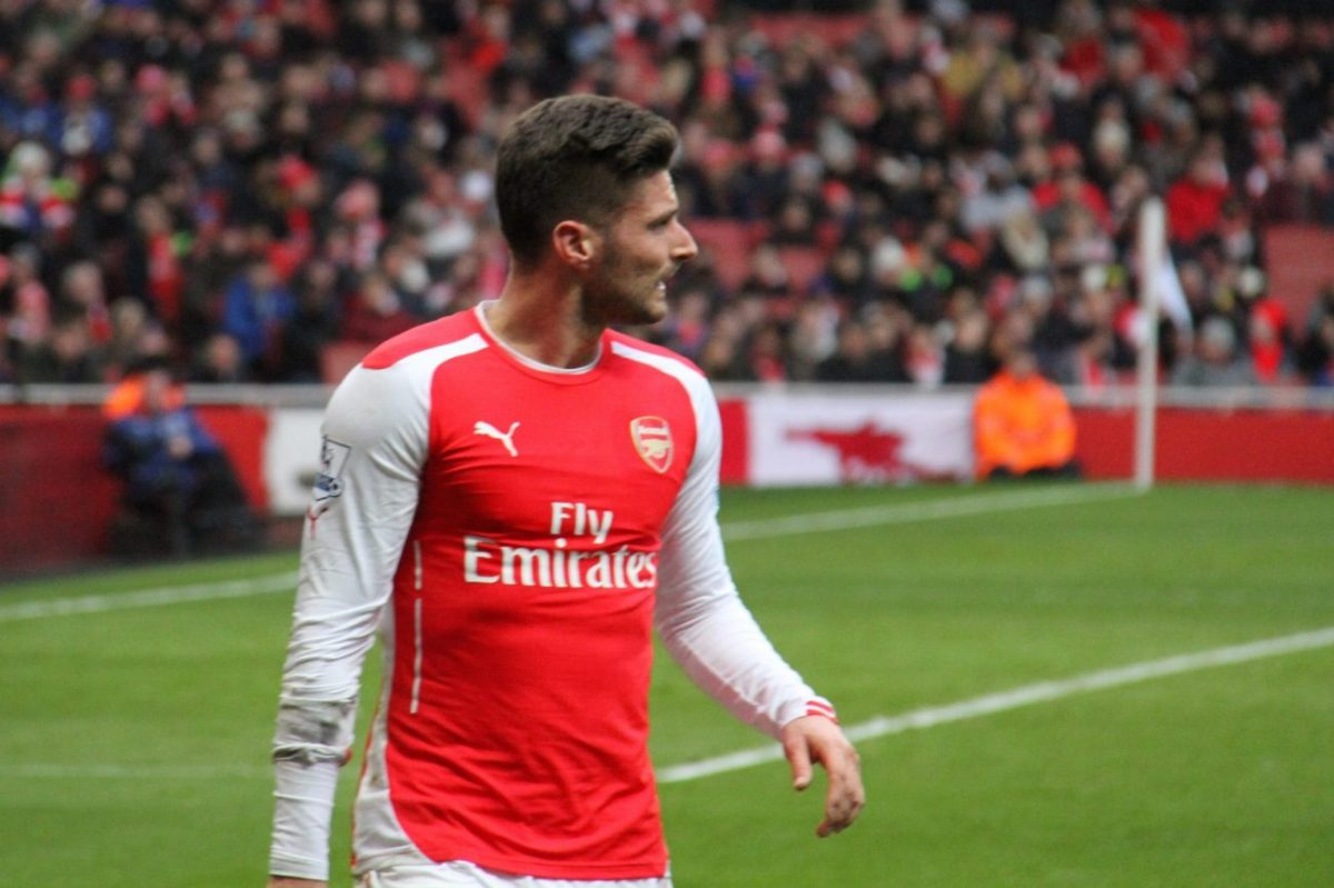 Olivier Giroud playing for Arsenal in 2014