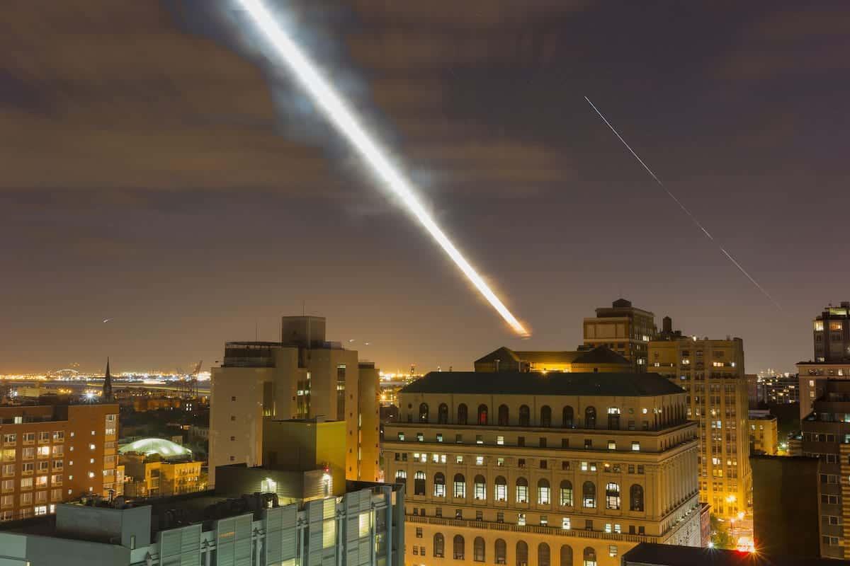 Flickr: jqpubliq - Alien Attack Moonset 2