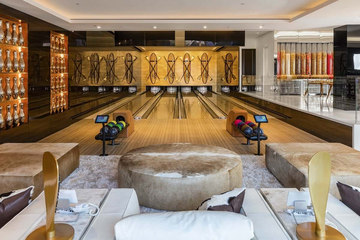 """This £200 million mansion described as """"the eighth wonder of the world"""" has been unveiled. See SWNS story SWMANSION; The staggering home in Los Angeles has 12 bedroom suites, 21 bathrooms, three kitchens, five bars and a 40-seat cinema. 924 Bel Air also has more than 100 curated art installations and a garage filled with $30 million of classic and modern cars. It is the work of property developer Bruce Makowsky and at $250 million is one of the world's most expensive houses."""