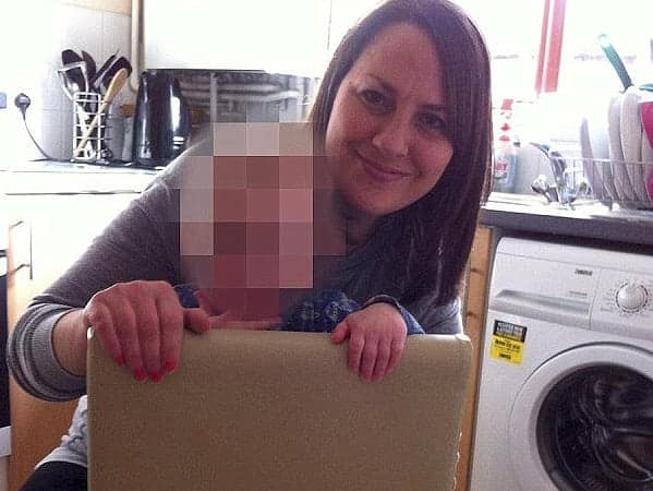 Amanda Tompkins, 39 who had sex with underage boys. See Masons copy MNMUM: Mum Amanda Tompkins to be sentenced at Aylesbury CC for having 'striptease sex' with underage boys. A married mother has admitted having 'striptease sex' with a string of schoolboys. Amanda Tompkins was due to stand trial accused of ten counts of sexual and physical abuse against seven boys under the age of 16. But the 39-year-old admitted having sex and performing sex acts with her victims - knowing they were underage - for months at her home in Bletchley in Milton Keynes, Buckinghamshire.
