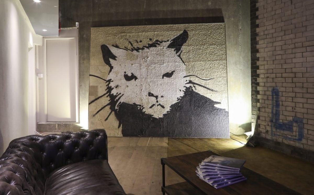 Rat Bar Banksy 'Giant Rat' | Photo: Matt Chung / Shout About London