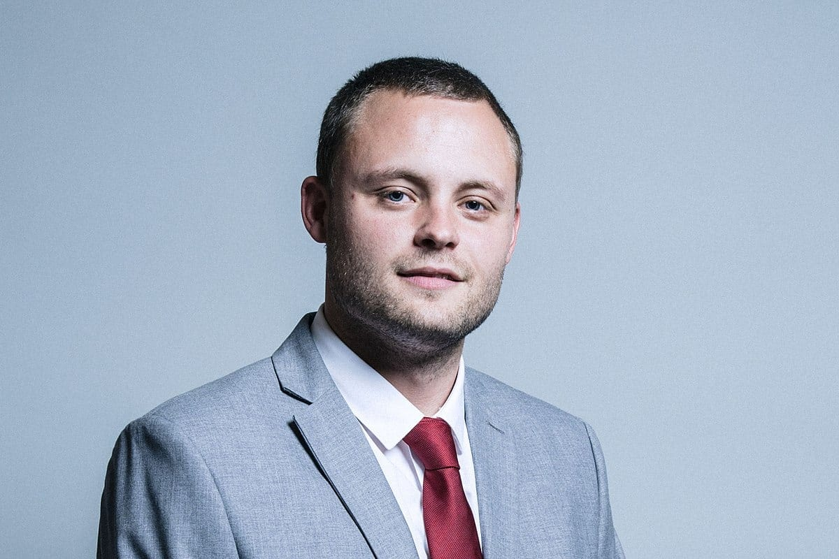 Official Portrait of Ben Bradley MP (c) Chris McAndrew