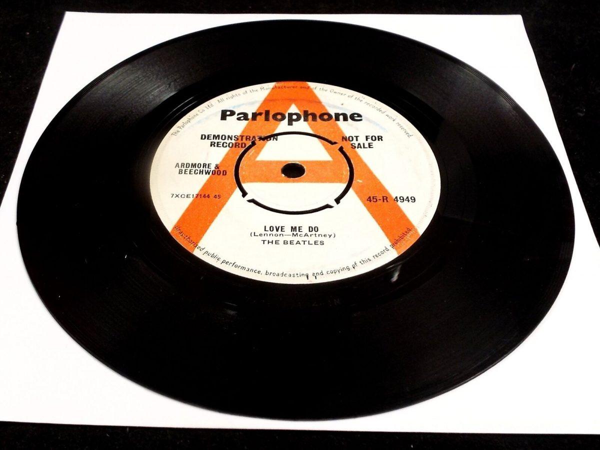 Bealtes record - Credit;Br