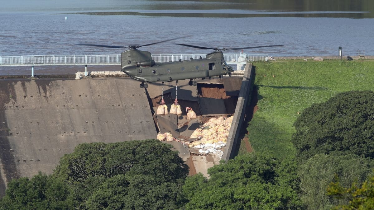 dam threatens to flood Whalley Bridge