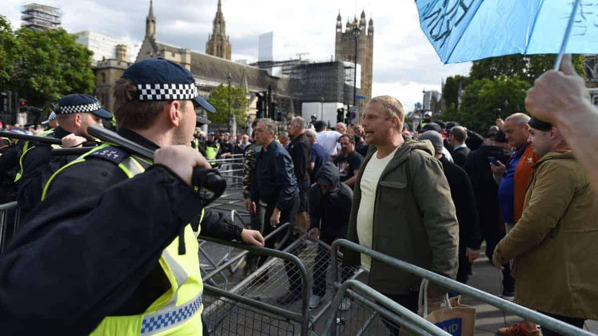 Pro and anti Brexit protests clash parliament square