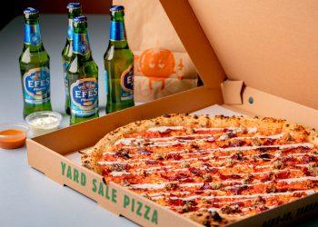 Yard Sale Pizza Mangal II | Photo: Justin De Souza