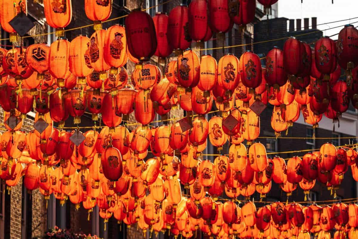 #LoveChinaTown lanterns | Photo: @haydonperrior