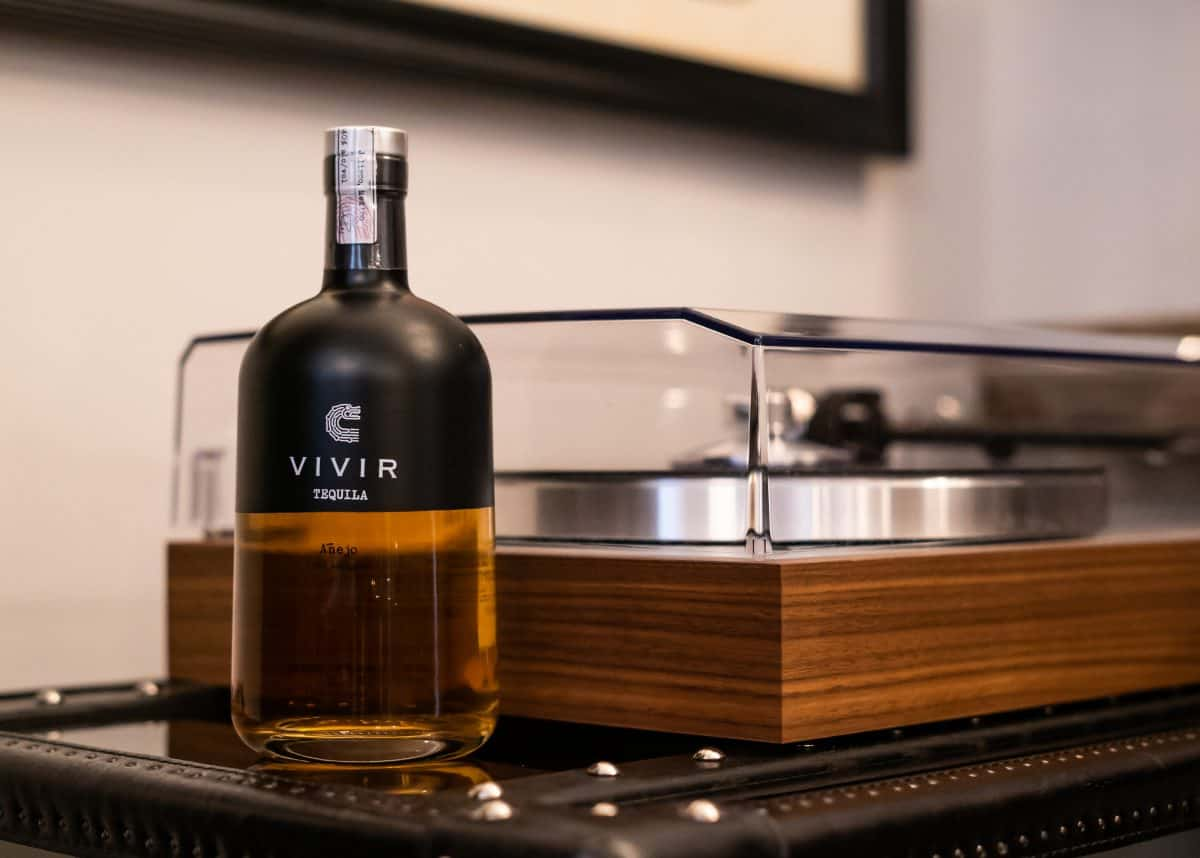 VIVIR Tequila Añejo Review