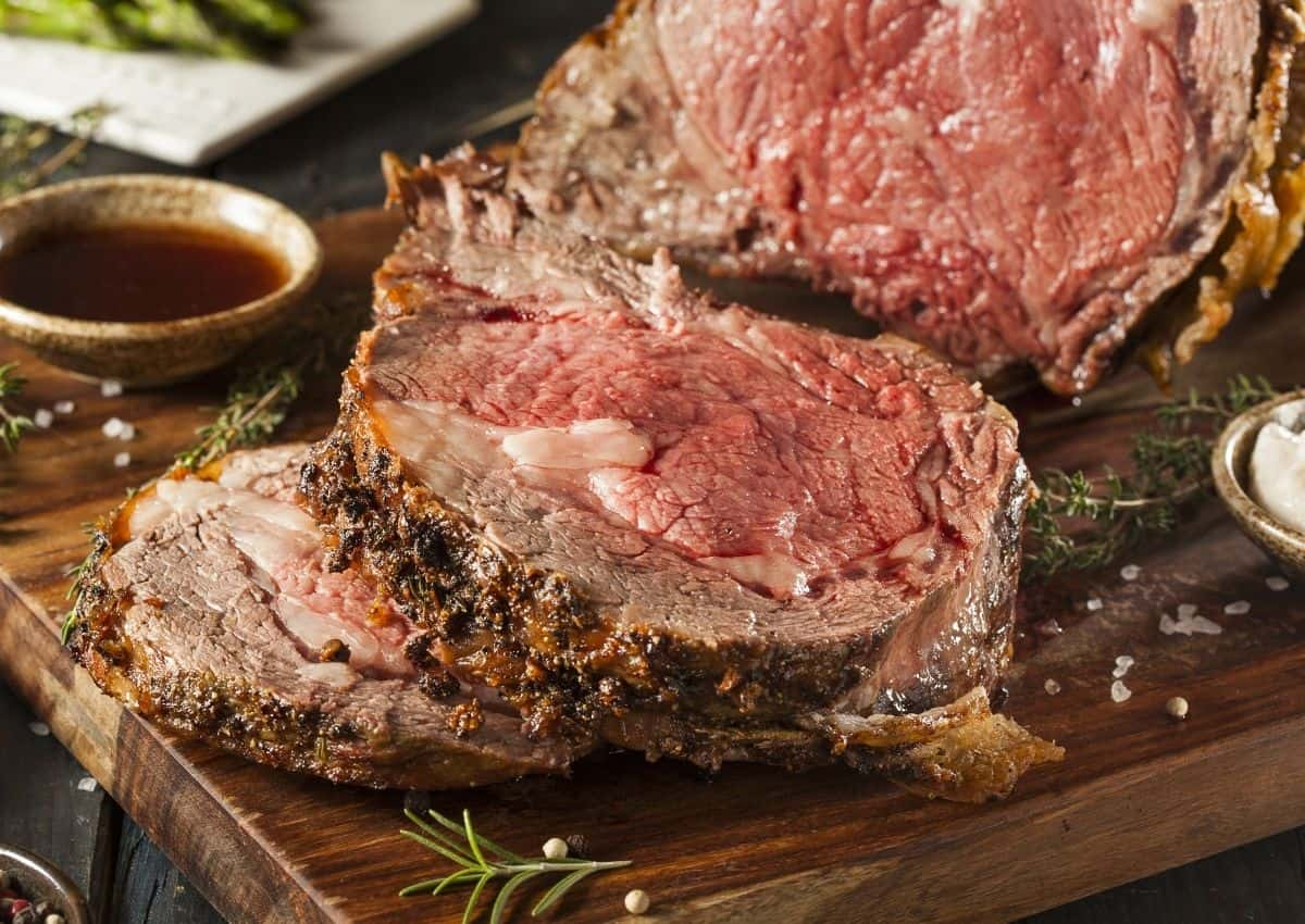 How To Make: The Perfect Garlic Beef Roast