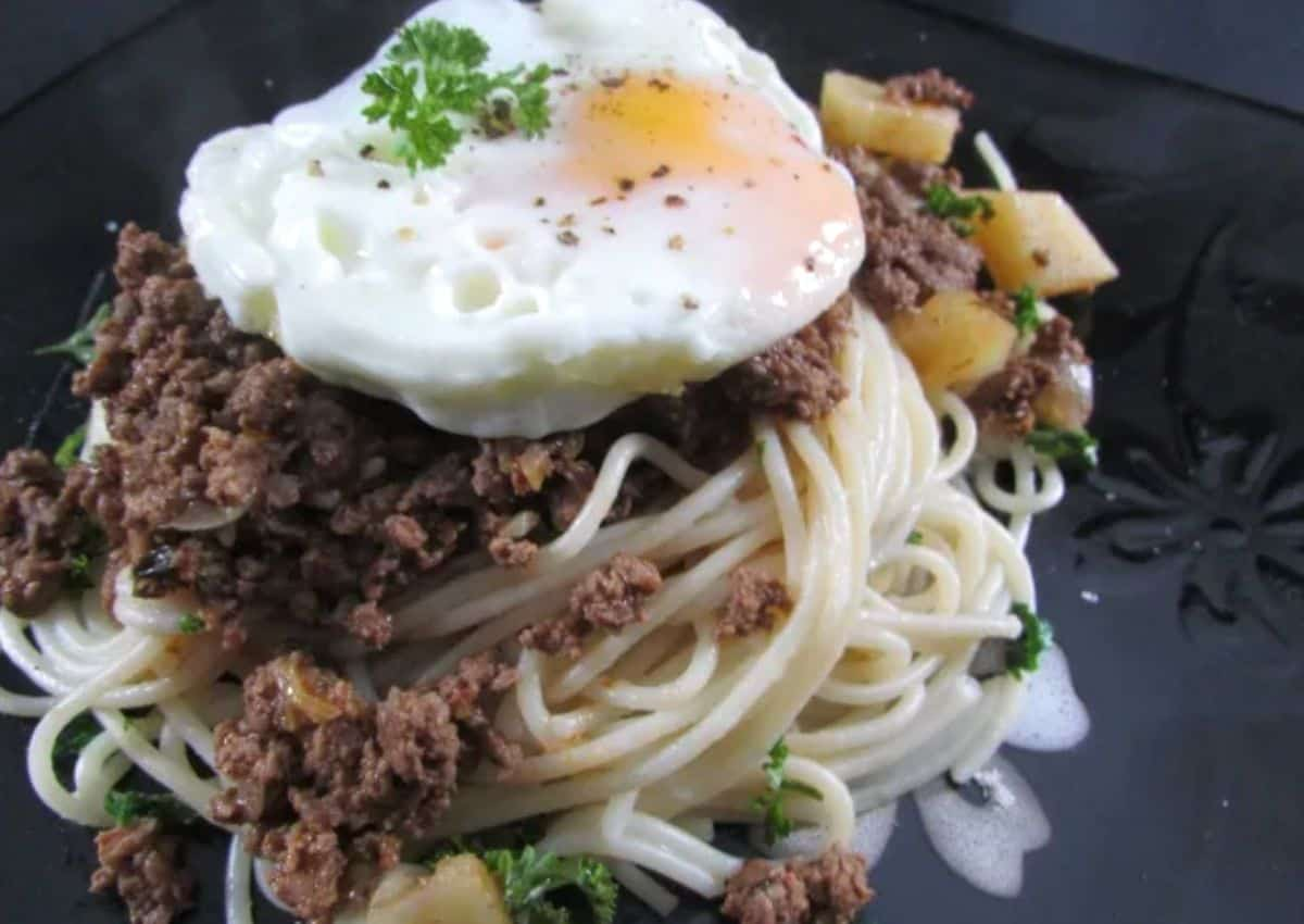 How To Make: Spaghetti Bolognese