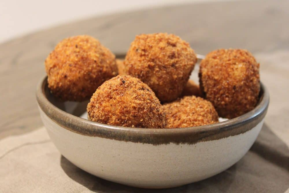 Cacio e pepe arancini recipe Recipe credit: Lexus and leading chef Emily Roux have put together tasty recipes and helpful tips to enjoy the perfect Easter picnic.