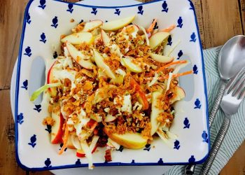 How To Make: Apple, Coleslaw and Walnut Salad