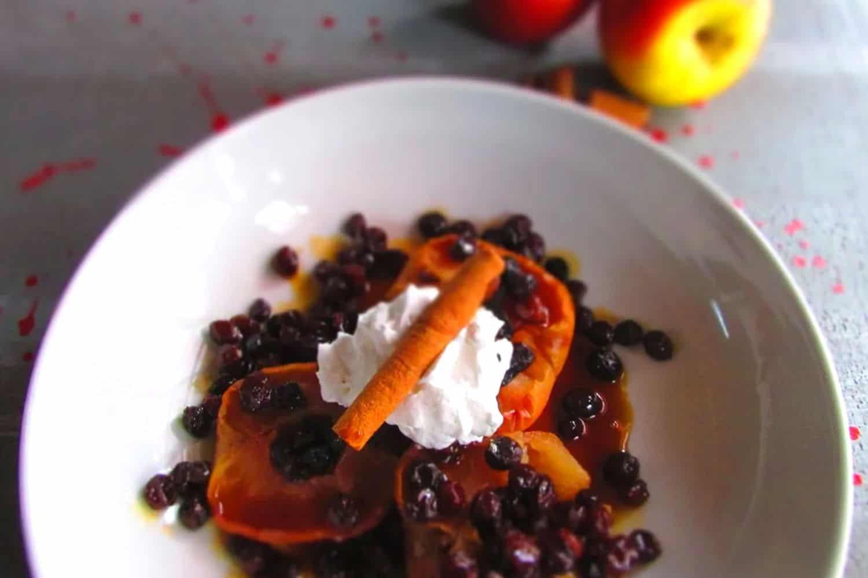 Steamed Apple Dessert with Cinnamon and Raisins