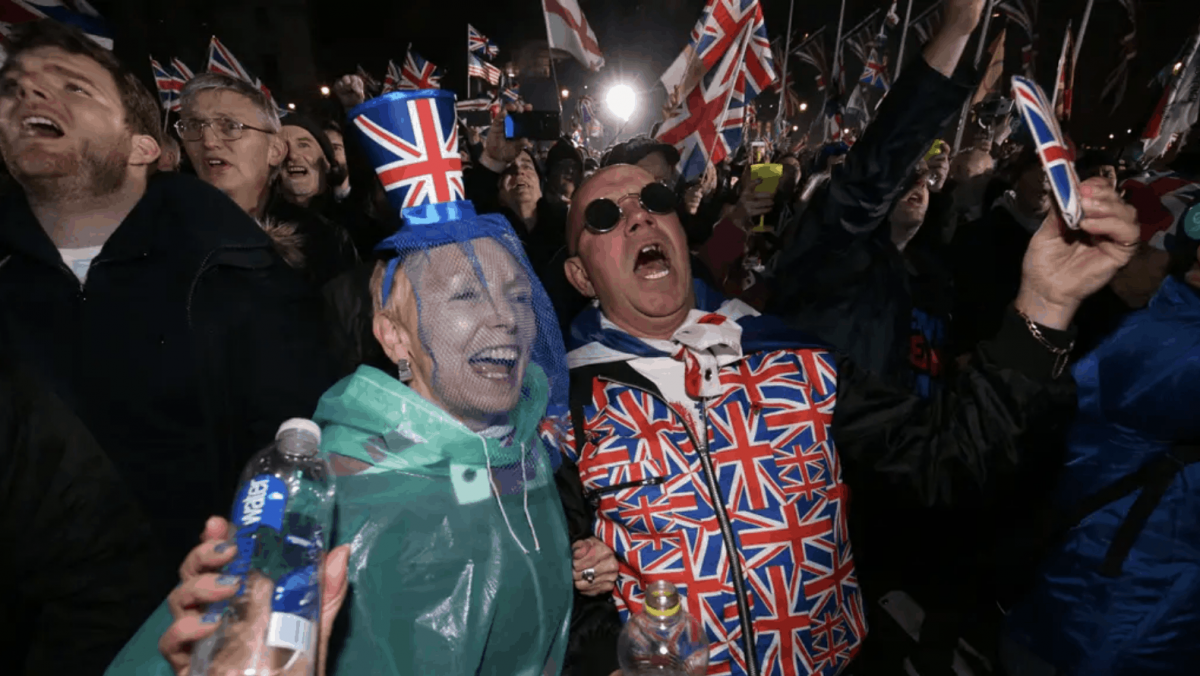 Crowds at Westminster Brexit party