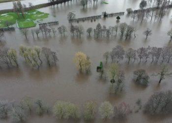 uk climate change crisis