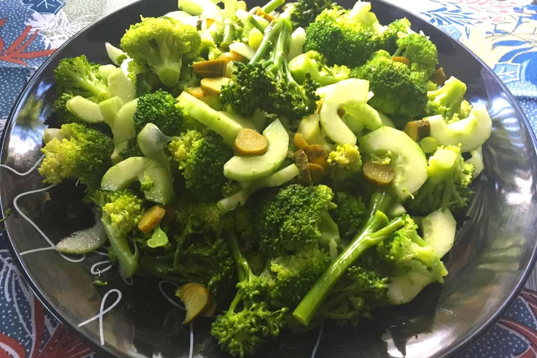 Crispy Broccoli Salad
