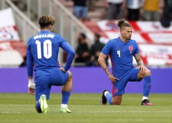 England's Jack Grealish and Kalvin Phillips take a knee before the international friendly match at Riverside Stadium, Middlesbrough. Picture date: Sunday June 6, 2021. Credit;PA