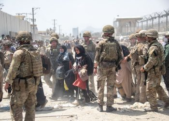 EMBARGOED TO 2200 SATURDAY AUGUST 21 RETRANSMITTING amending date taken to Friday August 20 Handout photo dated 20/08/21 issued by the Ministry of Defence (MoD) of members of the British and US military engaged in the evacuation of people out of Kabul, Afghanistan. 3,821 individuals have been evacuated from Afghanistan under Operation PITTING, which commenced on Friday August 13, with more than 1,000 UK Armed Forces personnel deployed in Kabul. Issue date: Saturday August 21, 2021.